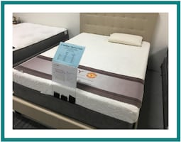 Queen size Memory Foam mattress set Brand New in plastic