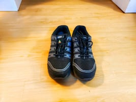 Safety shoes size 11