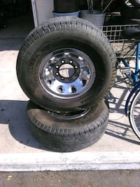 "16"" rim for a ford truck 8 lug Bakersfield, 93308"