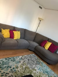 Fabric sectional sofa with 6 throw pillows Westmount, H3Z
