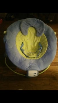 $5 BABY BOUNCER!