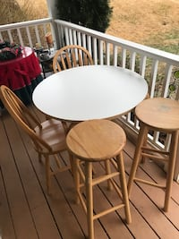 Kitchen table with chairs Gaithersburg, 20879