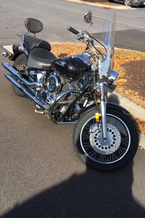 Motorcycle 2004 Yamaha V Star 1100 0