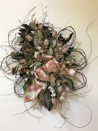 Beautiful Silk & Dried Flower Arrangement Falls Church, 22046