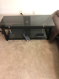 Glass Tv stand 55 inches  Blue Ash, 45236