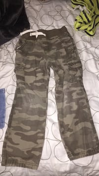 Boys pants size 5 Syracuse, 13203