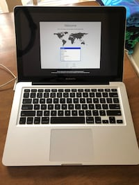 """13"""" MacBook Pro Core i7, 8Mb ram w/ 750Gb hard drive.  Excellent condition.  Comes with two charging cables. Waterdown, L8B 0A8"""