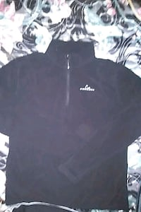 Paradox black pullover fleece longsleeve London, N6H 1M9