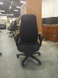 Global Obusforme Chair, Good Condition, Call now! Mississauga