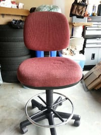 gray metal base padded red rolling chair Cambridge, N1T 2C5