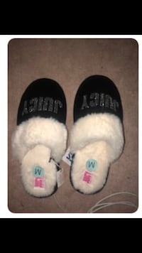Juicy couture slippers