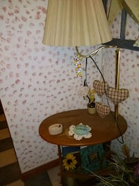 brown and white floral table lamp Allenstown, 03275