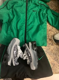 Nike outfit and shoes Toronto, M6A 2M7