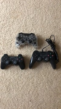 PS3 controllers 2 wirless and 1 wired Woodbridge, 22192