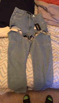 Mid Washed 90's Chaps Jeans Size 6 From Pretty Little Thing Capitol Heights, 20743