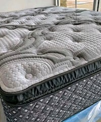 King mattress and box springs as a set or separately Nashville, 37214
