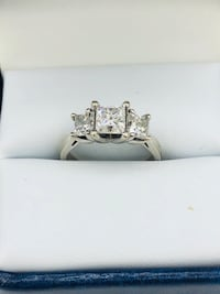 14k white gold and diamond ring Edmonton, T6C