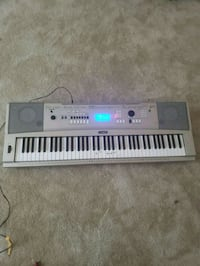 Yamaha ypg-235 keyboard piano Baltimore, 21215