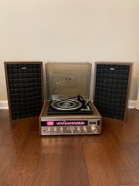 Superscope Radio and Record Player with Speakers