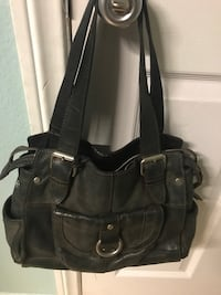 Leather Fossil handbag & trifold wallet. Good used condition. 2048 mi