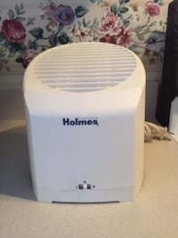 Holmes Tabletop Air Purifier.