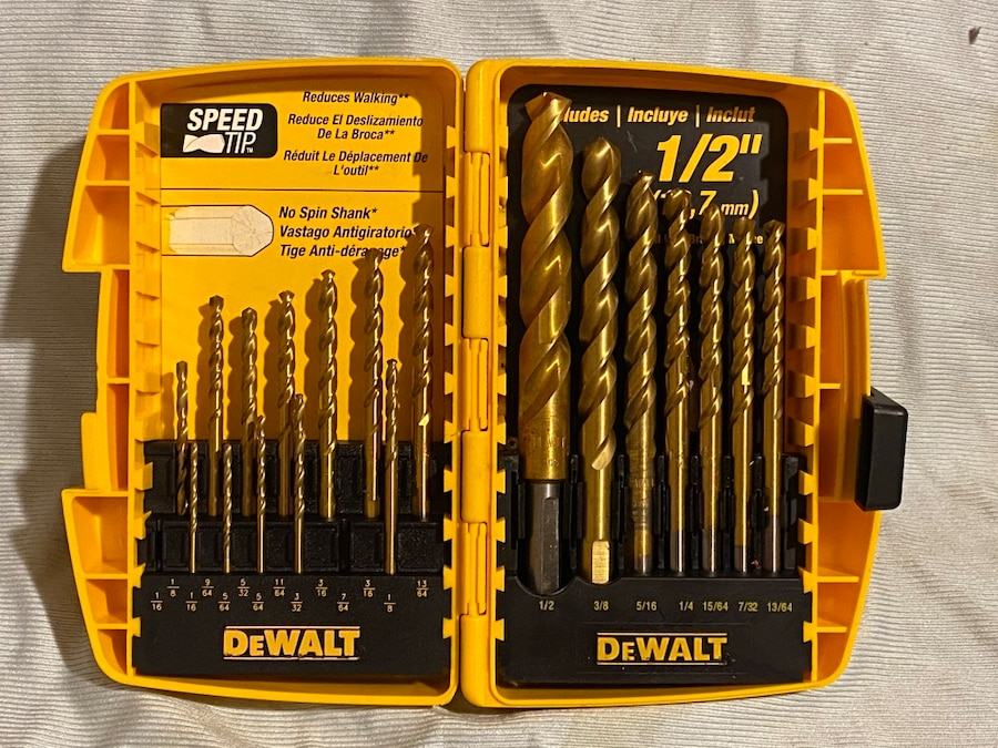 Photo Dewalt DW1354-5 14 Piece Titanium PP Drill Bit Set with Shank, 1/2