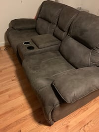 Duel powered recliner Annandale, 22003