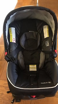 baby's black and gray car seat carrier Bethesda, 20814