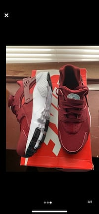Burgundy Huaraches Oak Park, 48237