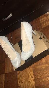 Le château heeled shoes size 7