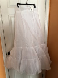 White fit and flare wedding dress slip. Size 14. New and never worn. Fayetteville, 28304