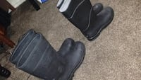 pair of black leather boots Fresno, 93726
