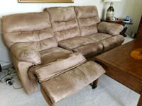 brown leather 3-seat recliner sofa Olney, 20832