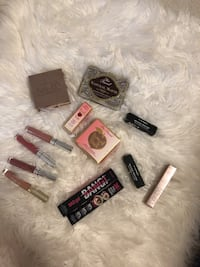 High end makeup bundle Burnaby, V5H 4N2