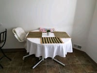 Dining table w/ 3 chair  Anchorage, 99506