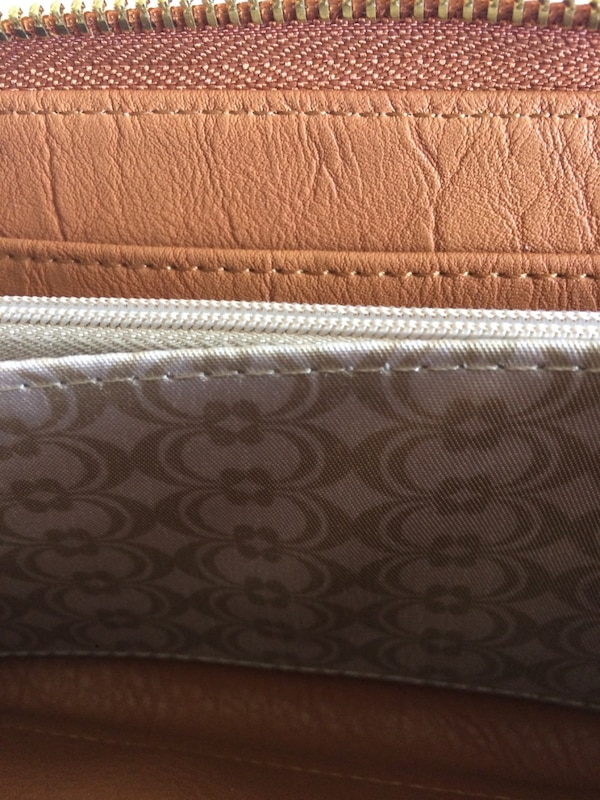 Wallet brand new carmel coloured faux leather  with gold accents 5b3b264a-70e6-47e0-b55d-c404f0b490ea