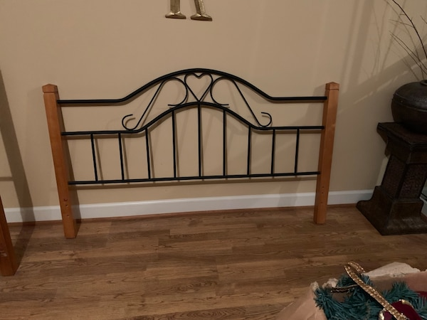Black metal bed frame with wood post   Queen size headboard and footboard
