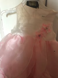 girl's pink and white floral sleeveless dress Hamilton, L8K