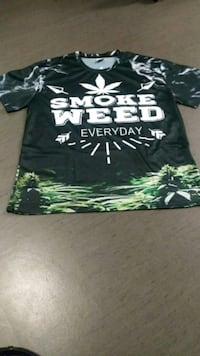 Smoke weed every day shirt Vancouver, V6E 0A7
