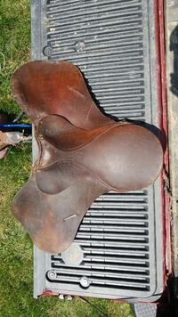brown leather horse saddle Levittown, 19056