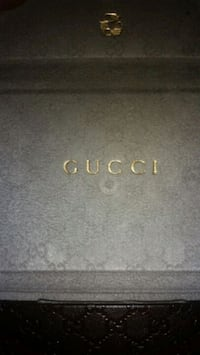 Gucci Glass Case Columbia, 21045