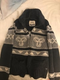 Real TNA  wool sweater. Size (M)  condition 9/1 Newmarket