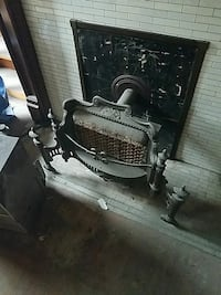 Antique gas heater Pittsburgh, 15232