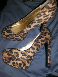 Women's mossimo size 6 stilettos Excelsior Springs, 64024