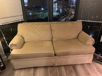 Couch for Sale Chicago, 60614