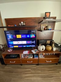 Entertainment Center (Stand Only) - Very Solid Piece (Moving Sale) Woodbridge, 22193