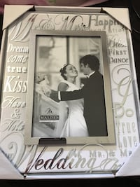 Glass wedding picture frame Frederick, 21703