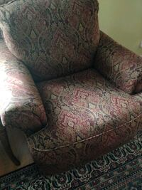 2 Arm Chairs / great condition/Negotiable