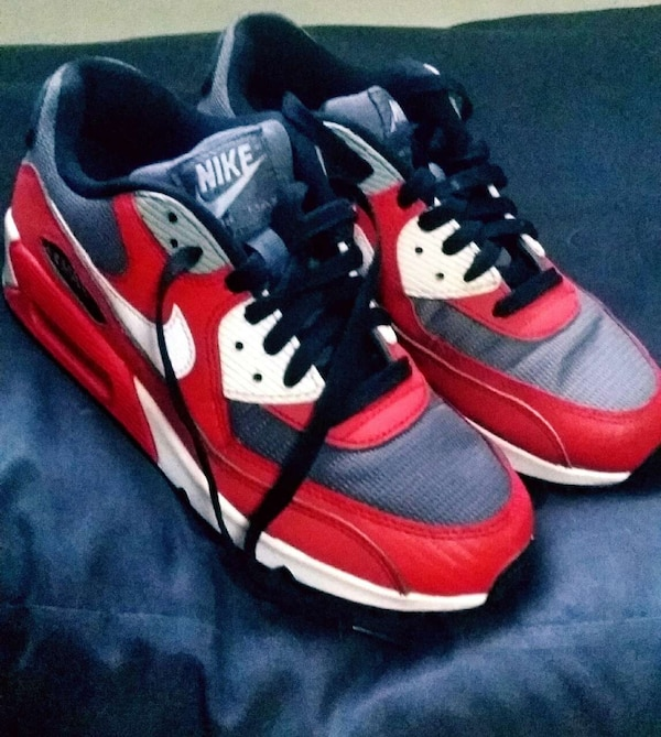 44e7fad6ec4 Used Nike Air Max 90 6Y for Women for sale in Quezon City - letgo