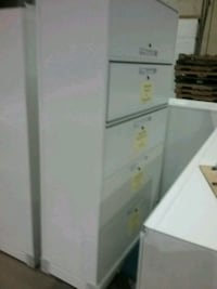 Floor and wall cabinets ... nice storage .. heavy  Kingsville, 21087